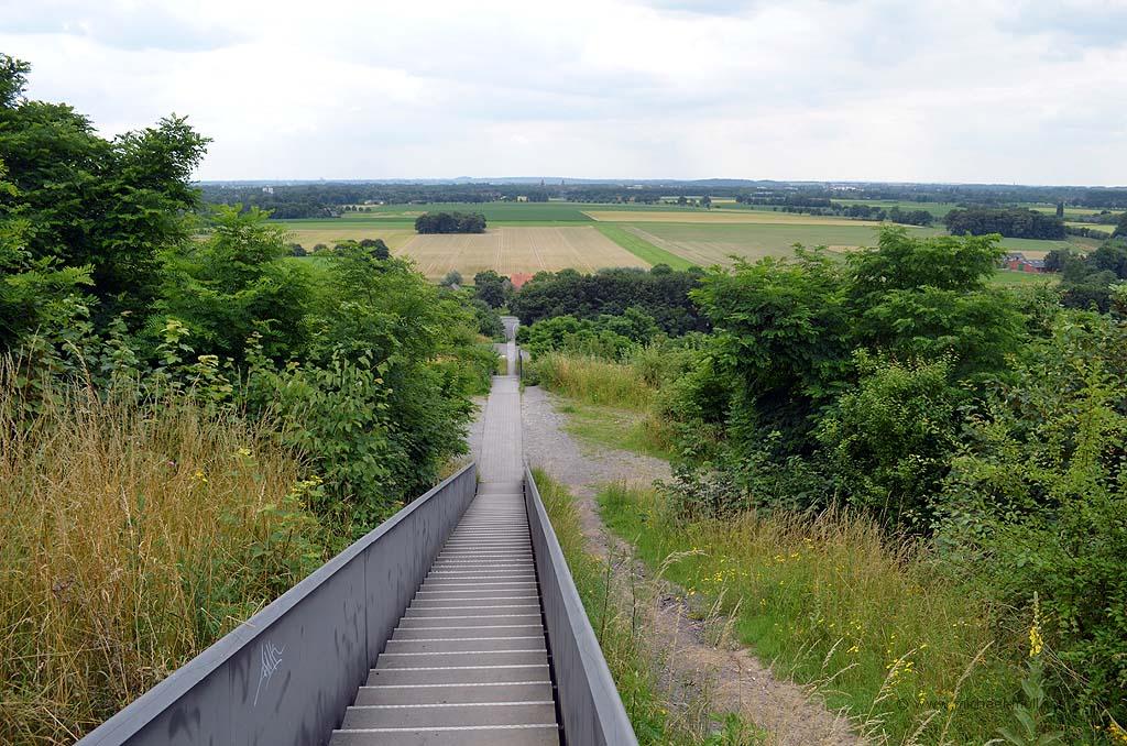 Treppe auf die Halde Norddeutschland