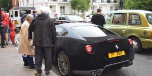 Ferrari mit Filz