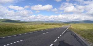 Straße durch Glen Cloe