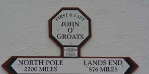 Schild mit Hinweis auf Lands End