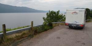 Wohnmobil am Loch Ness