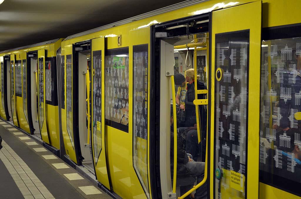 Berliner Untergrund Die Weltenbummler