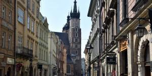 Die Florianskastraße mit der Marienkirche