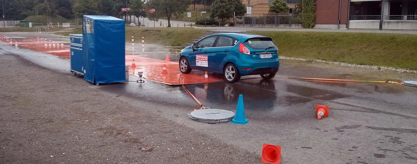 Bremsen auf nasser Fahrbahn