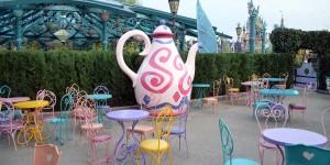 Cafe bei Alice im Wunderland