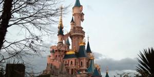 Das Schloss ist das Herz des Parks