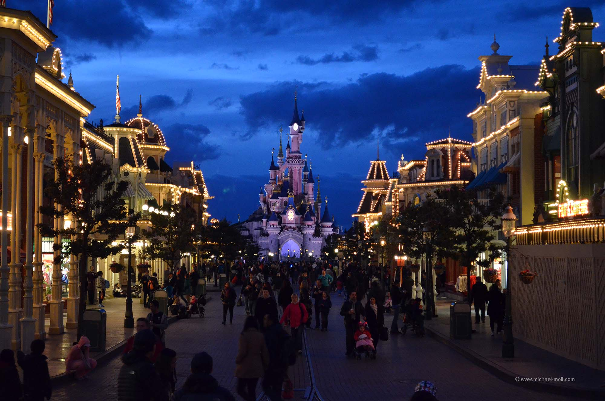 Abendliche Main Street
