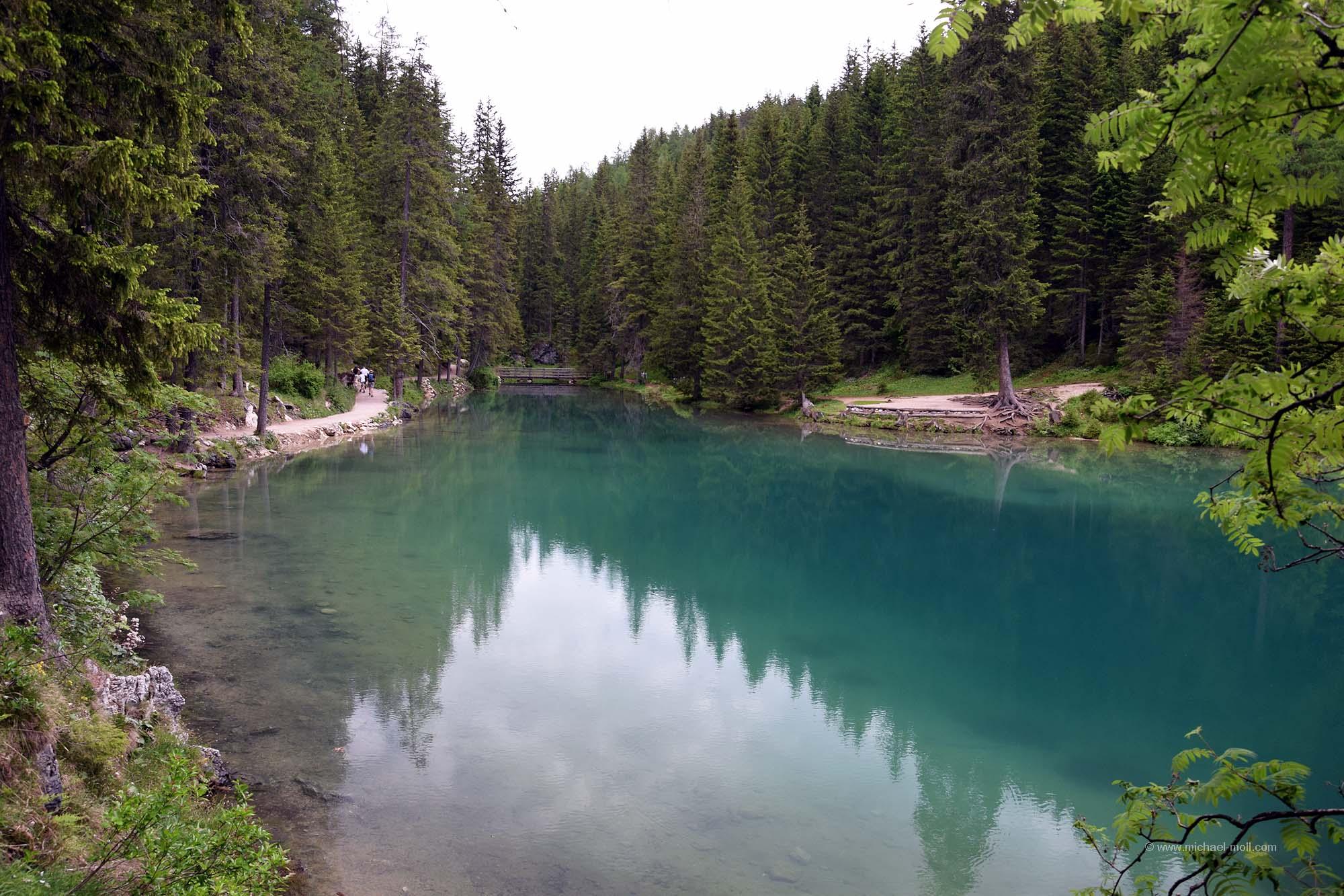 Kleine Bucht des Sees