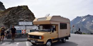 Wohnmobil am Pass