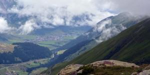 Blick in das Tal am Oberalppass