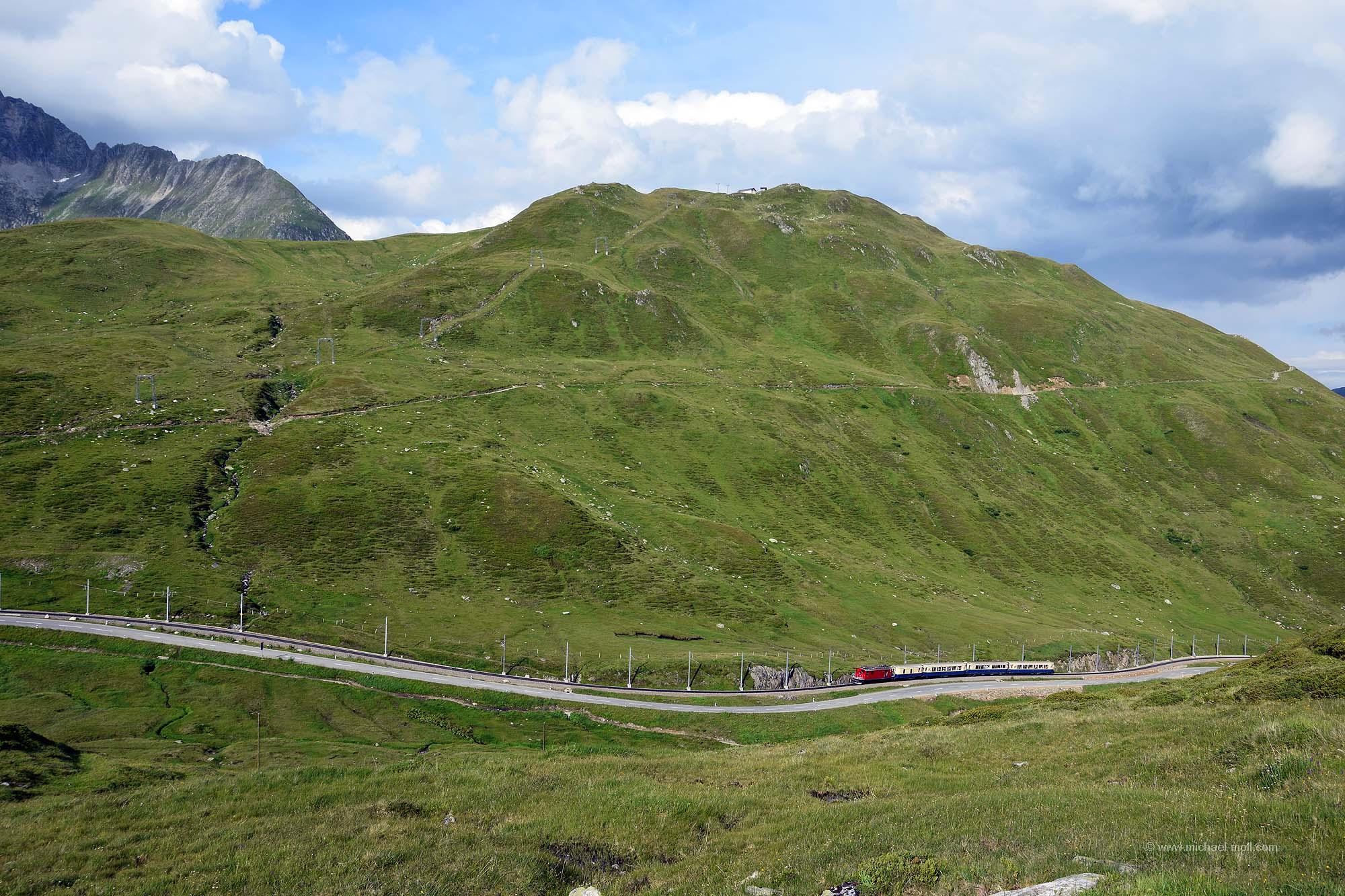 Zug am Pass