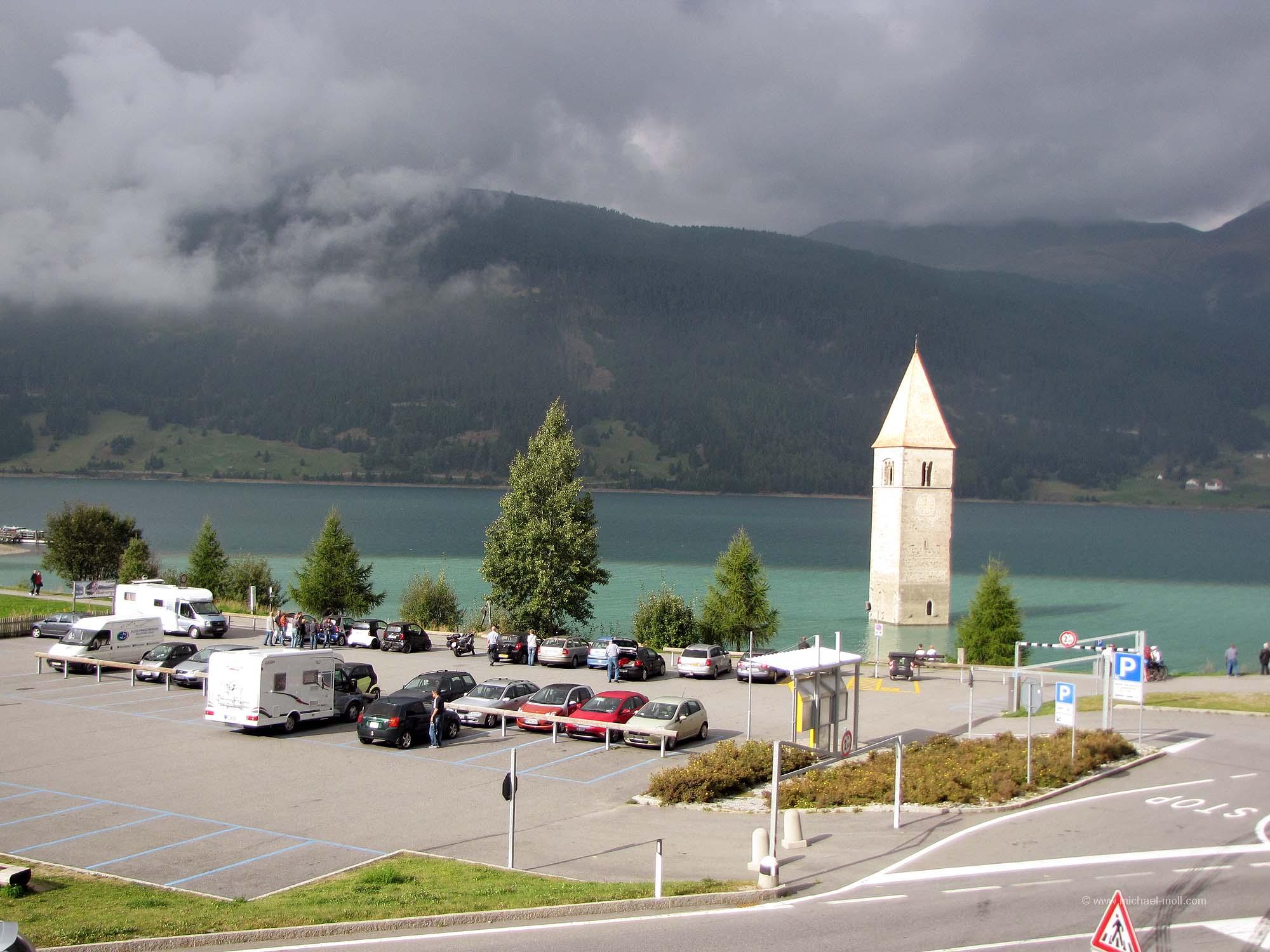 Parkplatz am Reschensee
