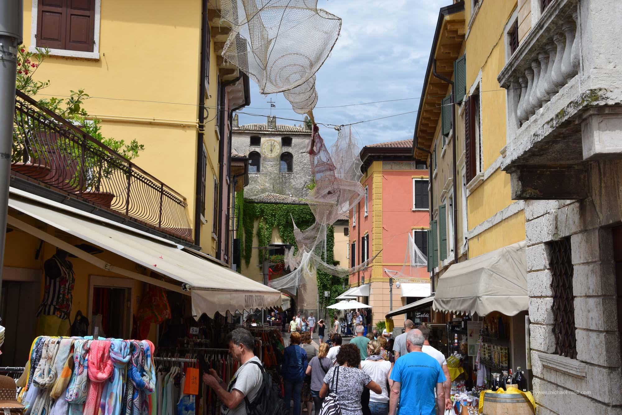 Fußgängerzone in Garda
