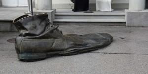 Großer Schuh