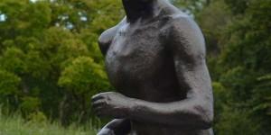Skulptur am Olympischen Museum