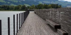 Holzsteg im Zürichsee