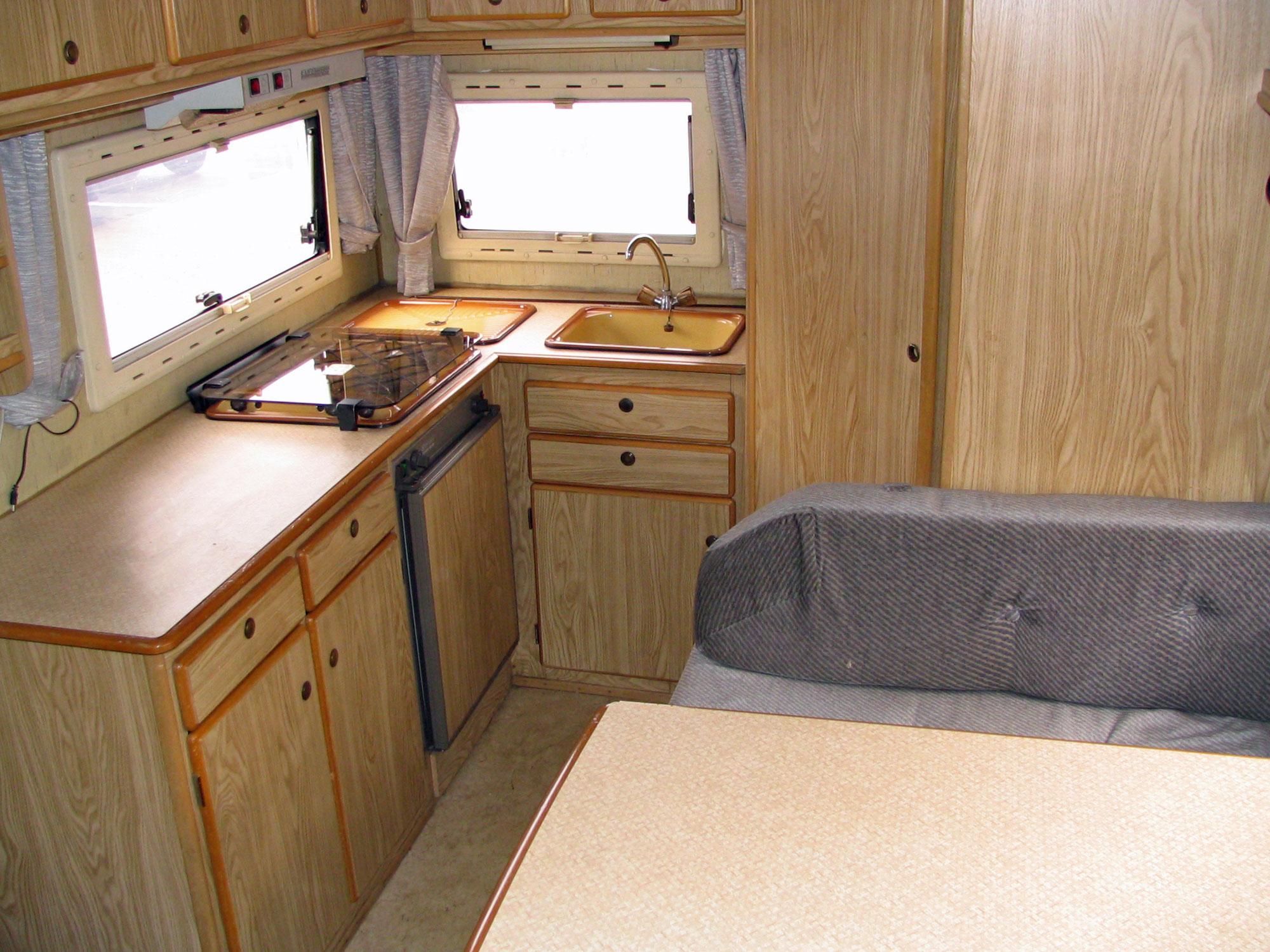 Wohnküche im Wohnmobil