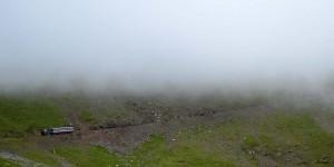 Zahnradbahn in der Wolke