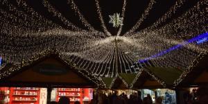 Lichter über dem Essener Weihnachtsmarkt