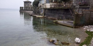 Ufer des Lago di Garda