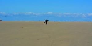 Ich tanze am Strand
