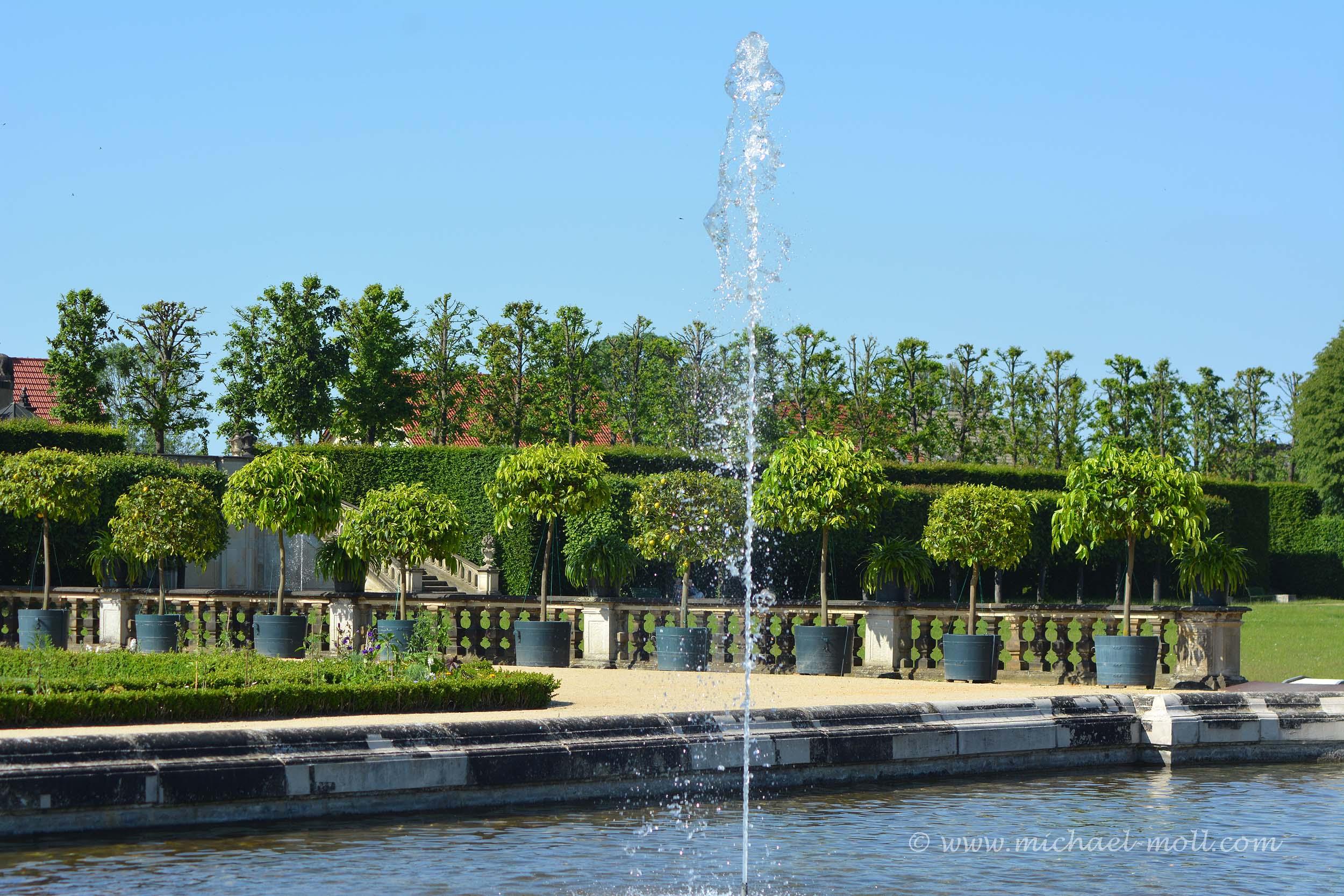 Fontäne im Barockgarten