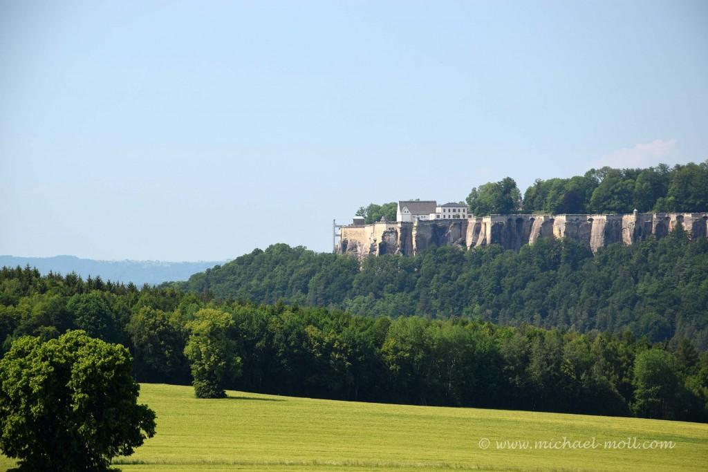 Blick zur fernen Festung Königstein