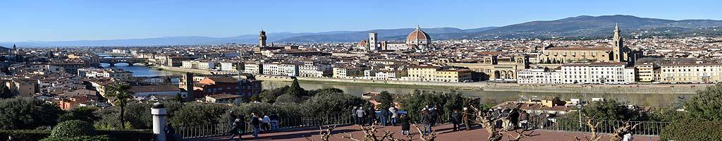 Panorama von Florenz (23 MB, 16715x5443 Pixel)