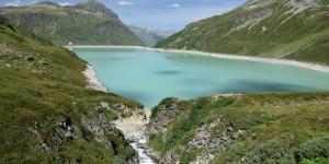 Zufluss in den See
