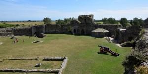 Innenhof von Pevensey Castle