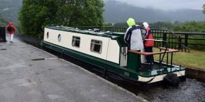 Narrowboot auf dem Pontcysyllte Aquädukt