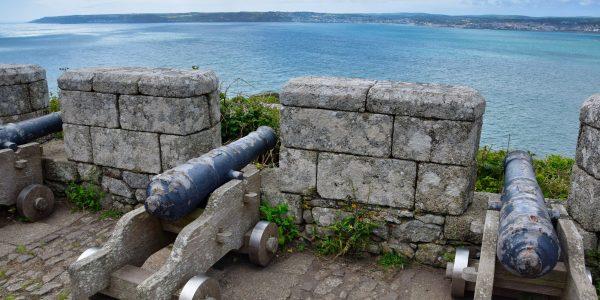 Kanonen auf der Burg
