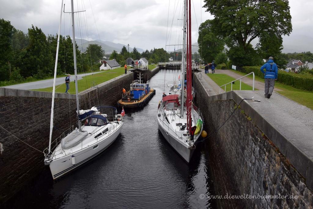 Boote in der Schleuse