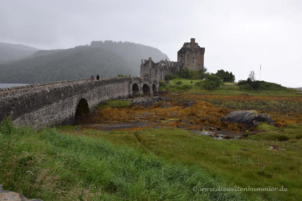 Eilean Donan Castle mit Brücke