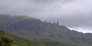 Old Man of Storr in Wolken