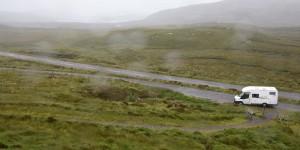Es regnet auf die Linse