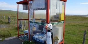 Geschmückte Unst Bus Shelter