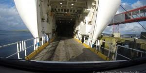 Einfahrt in die Fähre