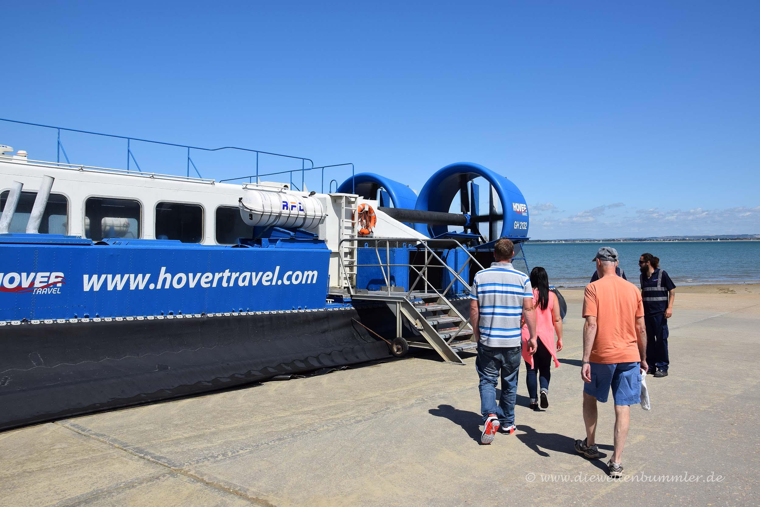 Besteigen des Hovercraft