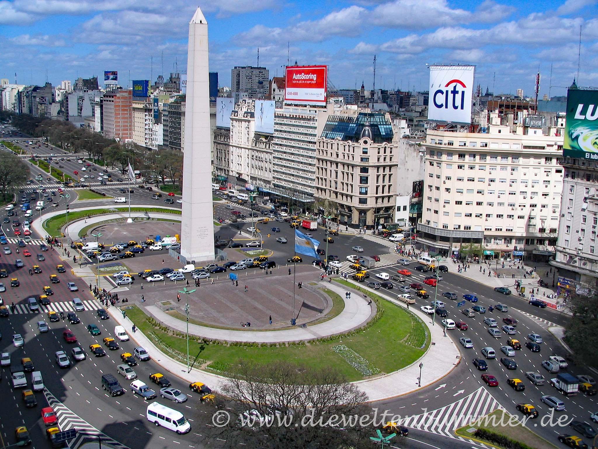 Obelisk auf der Avenida 9 de Julio