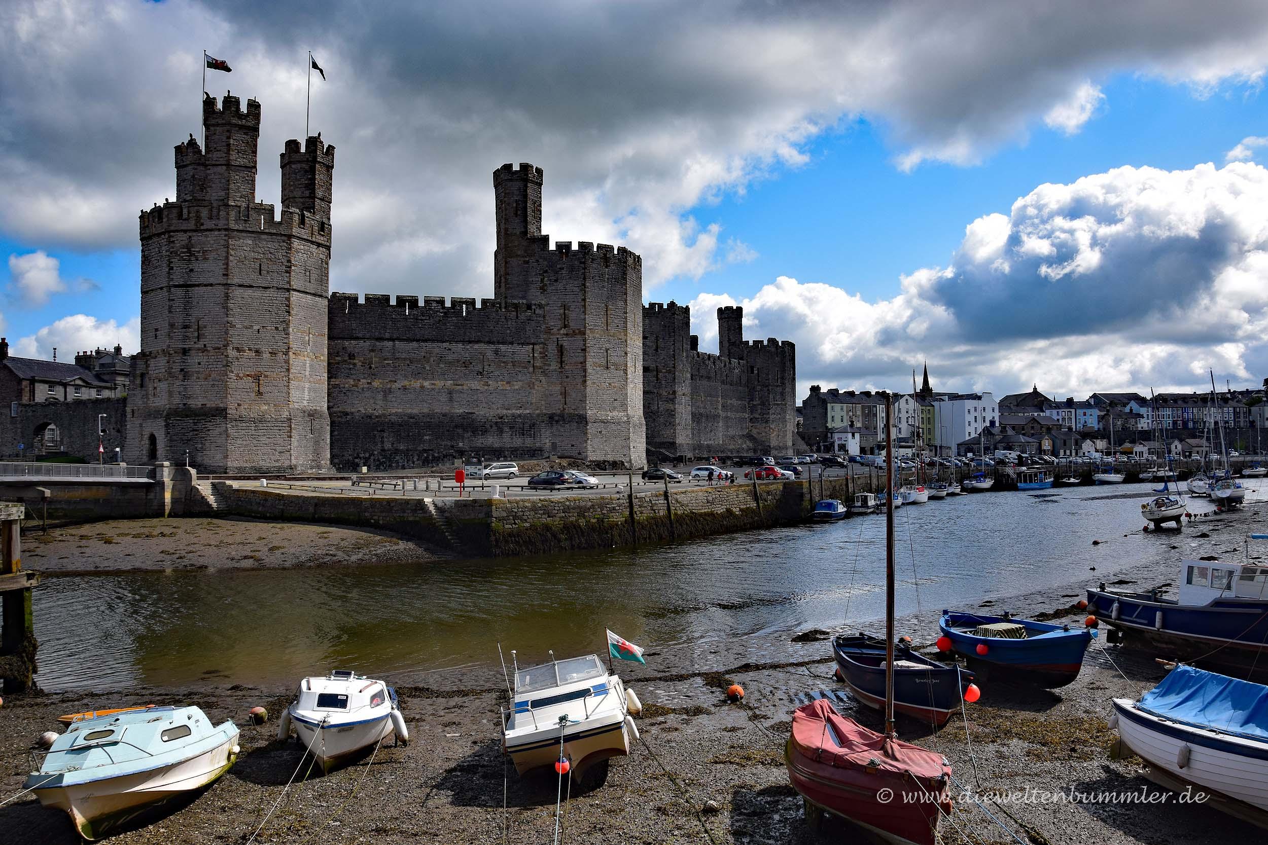 Flussmündung am Caernarfon Castle
