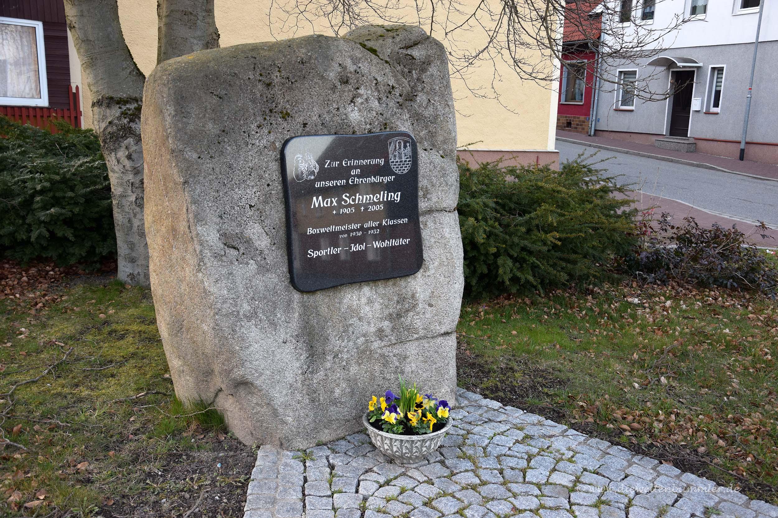 Denkmal für Max Schmeling in Benneckenstein