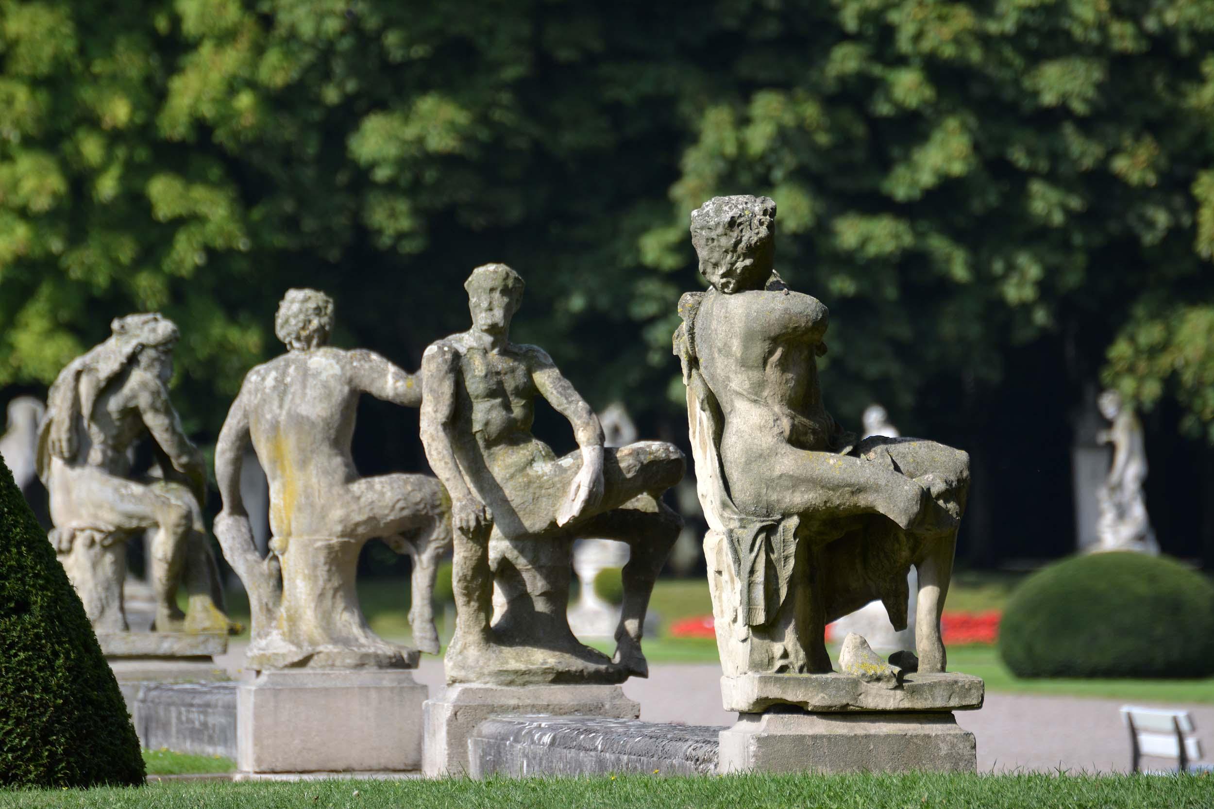 Skulpturen im Schlosspark