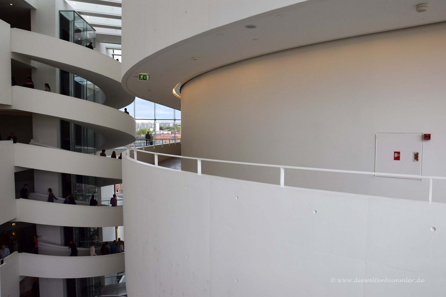 Treppenhaus im ARoS-Kunstmuseum