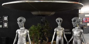 Aliens in Roswell