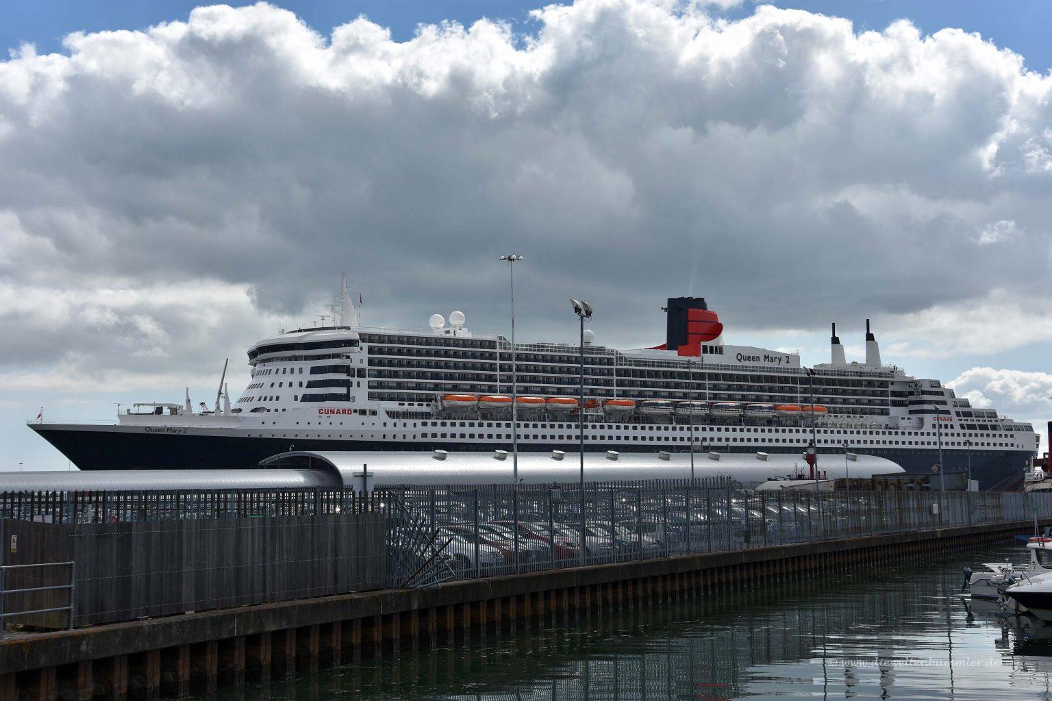 Queen Mary 2 im Hafen von Southampton