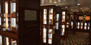 Riesige Bücherei