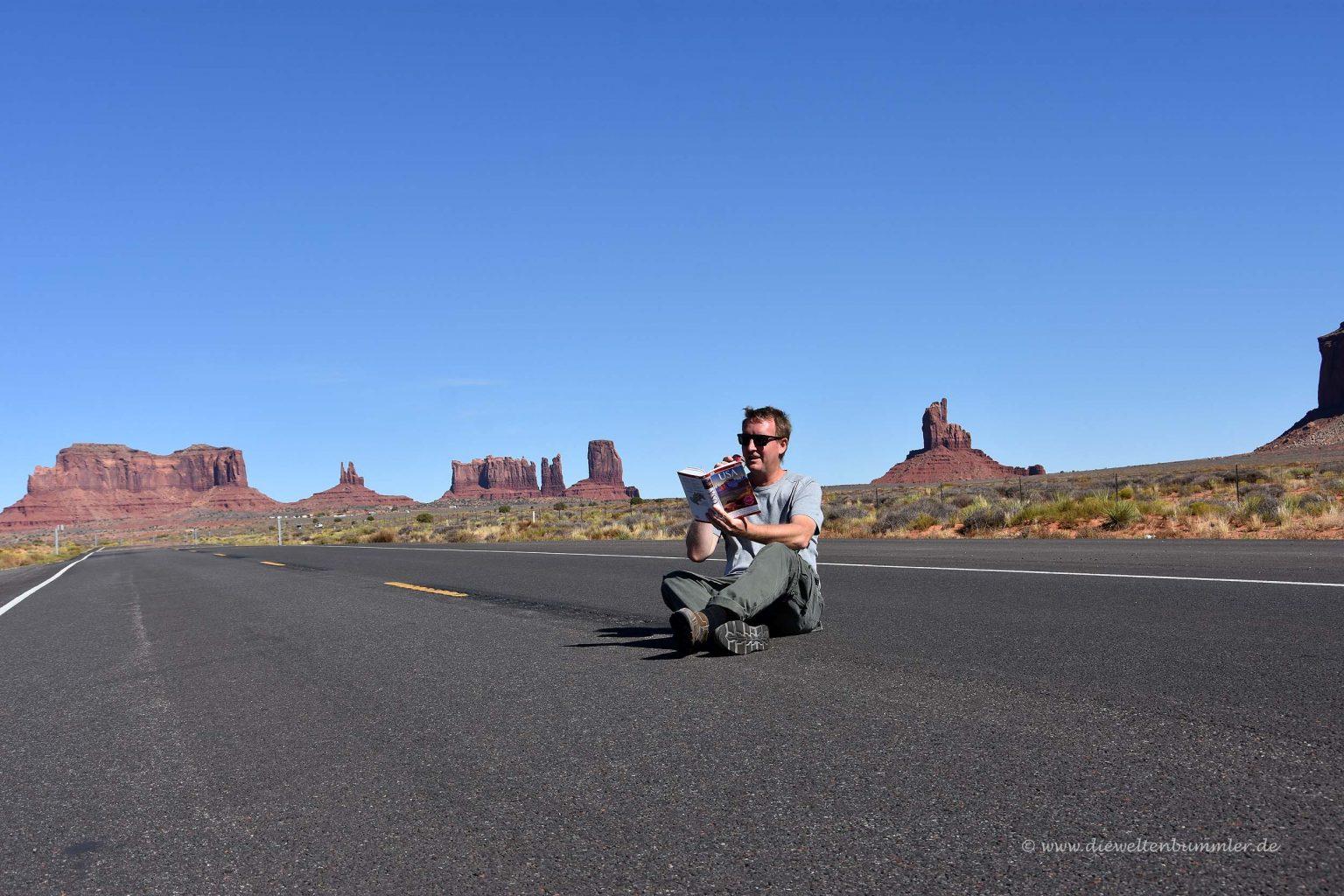 Michael Moll auf einsamer Straße