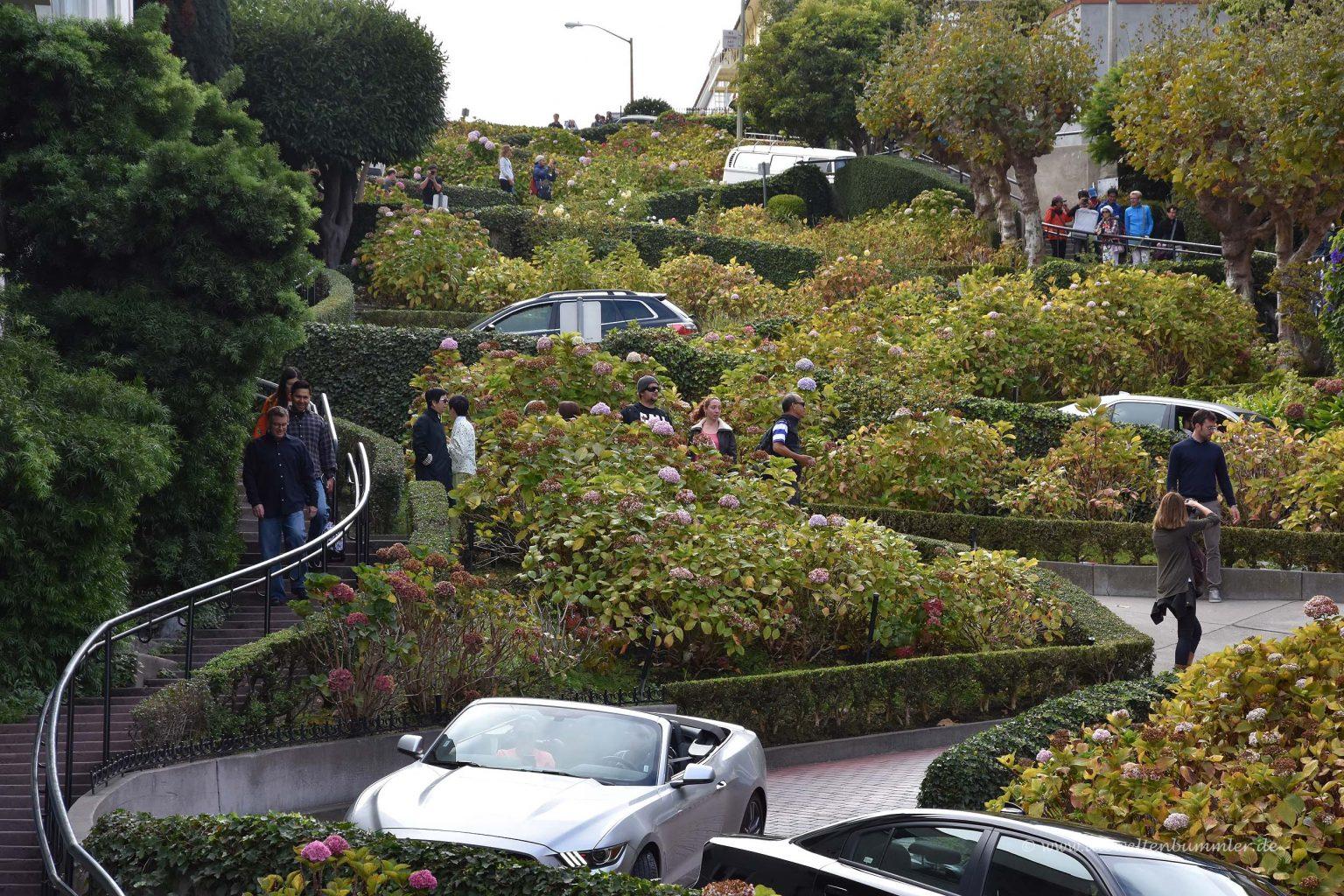 Lombard Street von unten