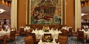 Speisen im Britannia-Restaurant